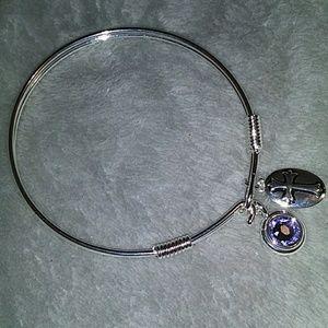 NWOT L & L crystal bracelet